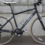 真っ黒の自転車